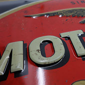 METAL TIN-SIGN MOTO