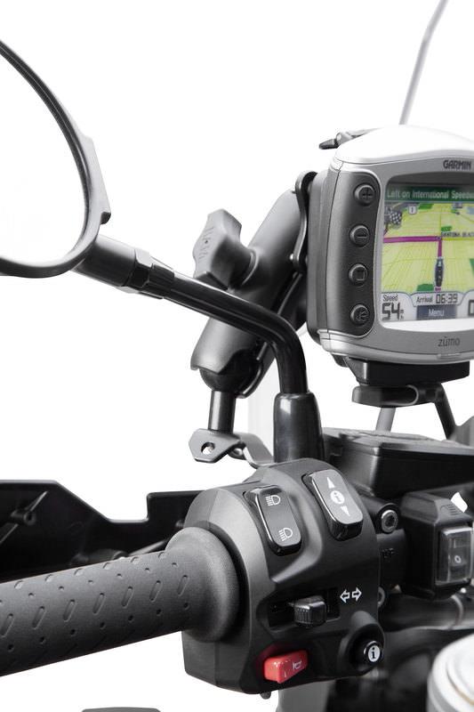 FIXATIONS GPS POUR