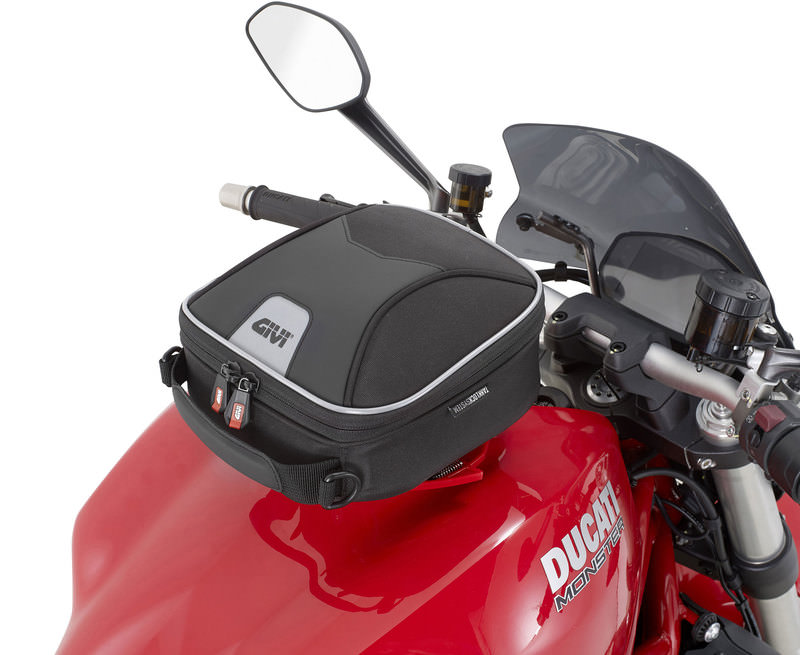 Buy Givi Xs319 Tanklock Tank Bag 3 Litres Louis Motorcycle Clothing And Technology
